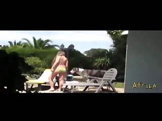 24403 Beautiful Bitch Invited Dog Lick I Fucked Her Pussy (part 1)