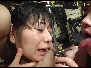 Genki Dgen013 The Snake Coils Around Glare Woman's Soft Body 010