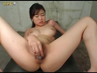 Genki Dgen017 The Octopus Invades The Vagina And It Hurts 011